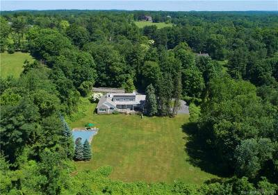 Greenwich Single Family Home For Sale: 481 Round Hill Road
