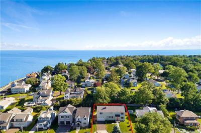 Milford Single Family Home For Sale: 30 Beacher Road