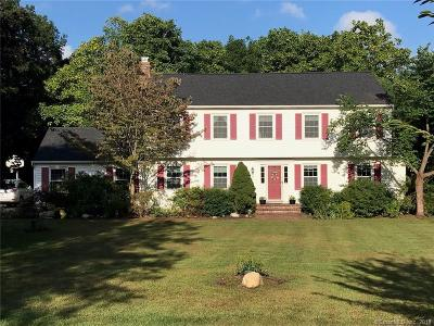 Newtown Single Family Home For Sale: 175 Walnut Tree Hill Road