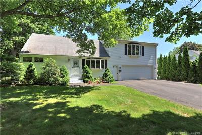 Milford Single Family Home For Sale: 69 Pullman Drive