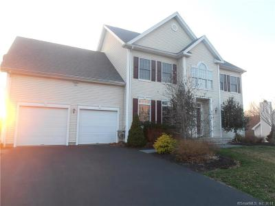 Milford CT Single Family Home For Sale: $529,900