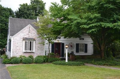 Single Family Home For Sale: 23 Hickory Lane