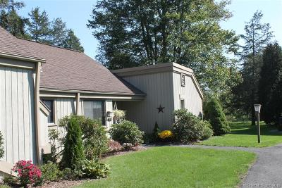 Southbury Condo/Townhouse For Sale: 251 B Heritage Village #B