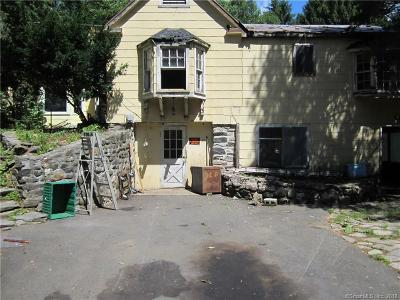 Newtown Single Family Home For Sale: 128 Hanover Road