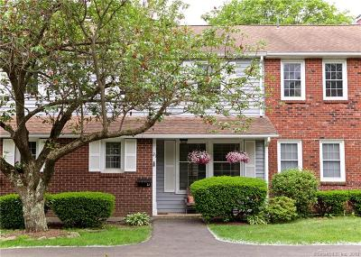 Milford CT Condo/Townhouse For Sale: $209,900