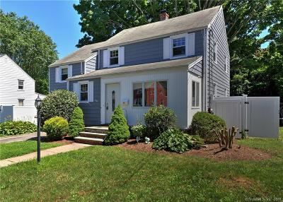 Stratford Single Family Home For Sale: 61 Clifflawn Road