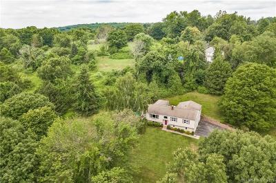 Oxford Single Family Home For Sale: 35 Peach Farm Road