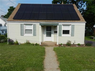 Plainville Single Family Home For Sale: 8 Beckwith Drive