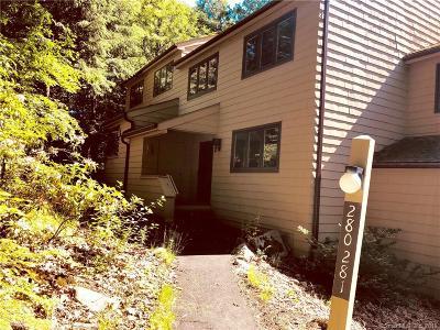Torrington Condo/Townhouse For Sale: 281 Cliffside Drive #281
