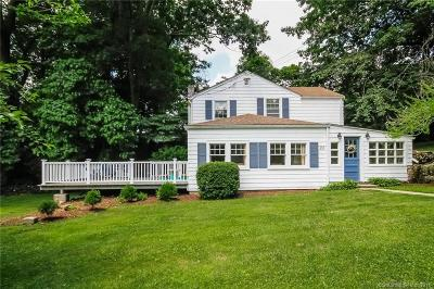 Darien Single Family Home For Sale: 23 Hoyt Court