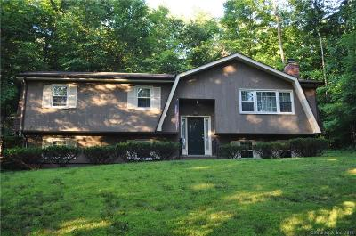 Shelton Single Family Home For Sale: 25 Little Fox Run