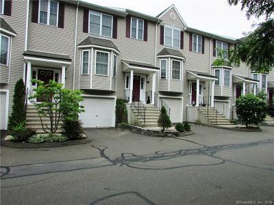 Hamden Condo/Townhouse For Sale: 157 Leeder Hill Drive #205