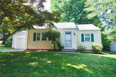 Milford CT Single Family Home For Sale: $245,000