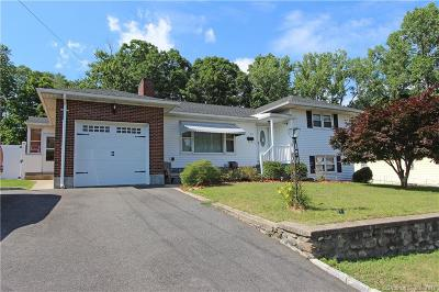 Waterbury Single Family Home For Sale: 276 Highland Drive