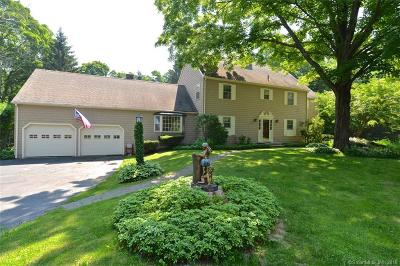 Southbury Single Family Home For Sale: 1423 Bucks Hill Road