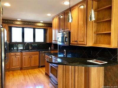 Torrington Condo/Townhouse For Sale: 392 Trailsend Drive #392