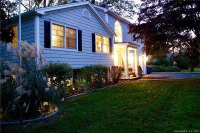 Monroe Single Family Home For Sale: 78 Williamsburg Drive