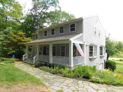 Ridgefield Single Family Home For Sale: 63 Whipstick Road