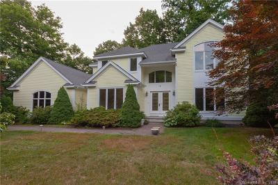 Guilford Single Family Home For Sale: 285 Bluff View Drive