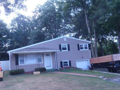 Wolcott CT Single Family Home For Sale: $199,000