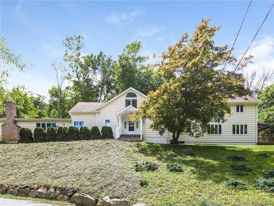 Bethel Single Family Home For Sale: 26 Putnam Park Road