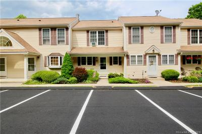 Ledyard Condo/Townhouse For Sale: 38 Fairway Drive #6