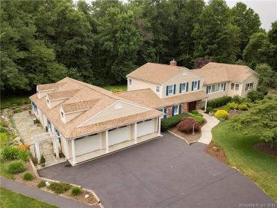 Trumbull Single Family Home For Sale: 455 Stonehouse Road