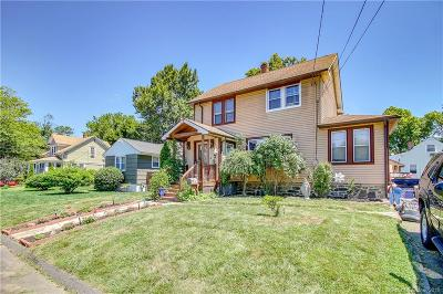 Stratford Single Family Home For Sale: 170 Wiebe Avenue