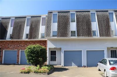 New Britain Condo/Townhouse For Sale: 410 Farmington Avenue #K7