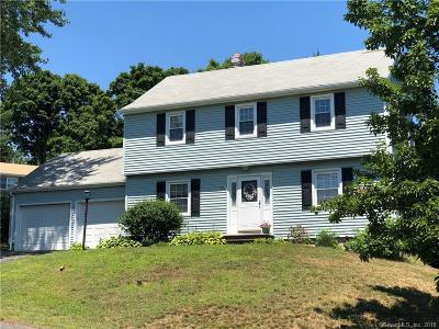 Naugatuck Single Family Home For Sale: 261 Horton Hill Road