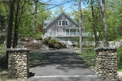 Stamford Single Family Home For Sale: 197 Briar Brae Road