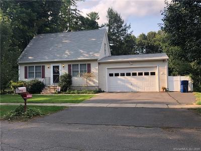 Plainville Single Family Home For Sale: 62 Franklin Avenue