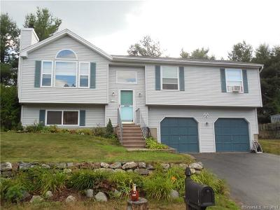 Naugatuck Single Family Home For Sale: 17 Brittany Lane