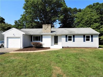 Waterford Single Family Home For Sale: 11 Maple Court
