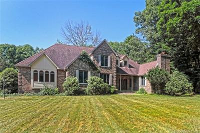 Woodbridge Single Family Home For Sale: 2 Old Country Road