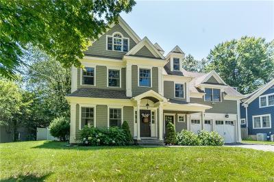 Fairfield Single Family Home For Sale: 131 Nutmeg Lane