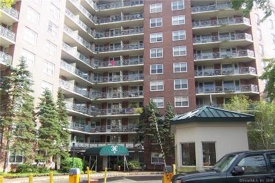 Stamford Condo/Townhouse For Sale: 71 Strawberry Hill Avenue #1019