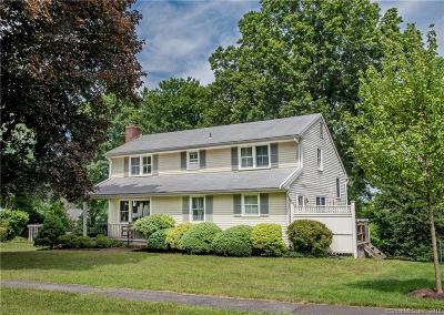 New Canaan Single Family Home For Sale: 33 Village Drive