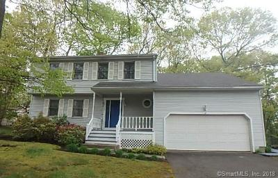 Waterbury Single Family Home For Sale: 72 Crest Street