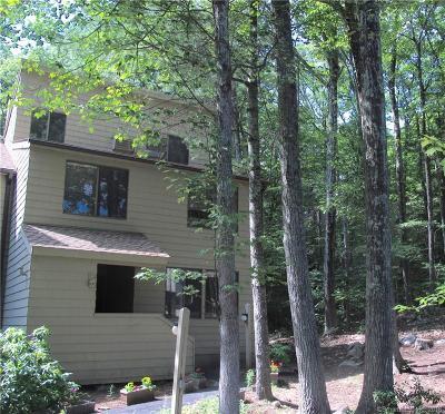Torrington CT Condo/Townhouse For Sale: $129,000