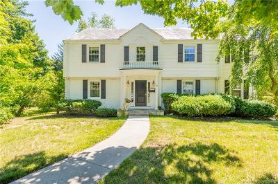 West Hartford Single Family Home For Sale: 9 Fulton Place