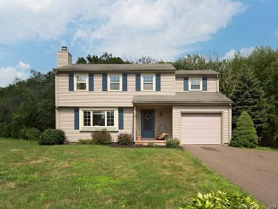 Meriden Single Family Home For Sale: 45 Seneca Drive