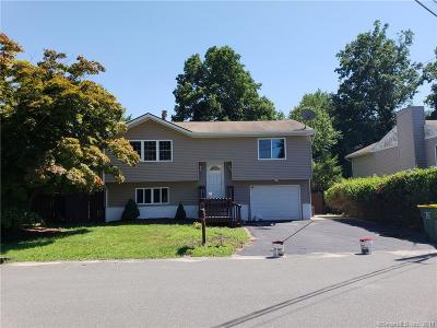Waterbury Single Family Home For Sale: 36 Granada Drive