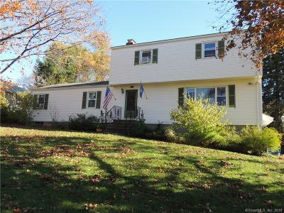 Trumbull Single Family Home For Sale: 4 Zephyr Road