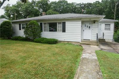 Waterbury Single Family Home For Sale: 179 Parklawn Drive