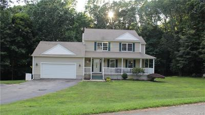 Ledyard Single Family Home For Sale: 2 Wolf Ridge Gap