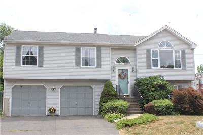 Naugatuck Single Family Home For Sale: 30 Marsh Hill Road