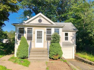 Waterbury Single Family Home For Sale: 54 Brentwood Avenue