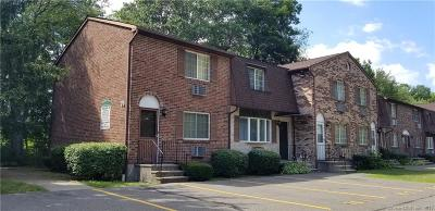 New Haven County Condo/Townhouse For Sale: 76 Sharon Road #11