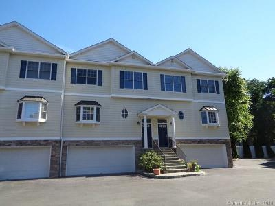 Danbury CT Condo/Townhouse For Sale: $339,900